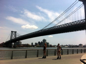 A picture named williamsburgBridge.jpg